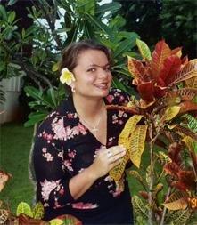Gina Pacelli in Maui, Hawaii
