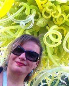 Gina Pacelli at the Chihuly Exhibit